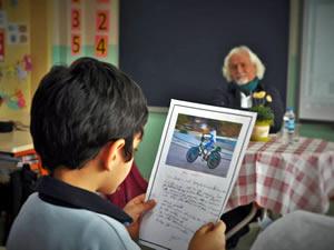 Fotoğraflarıyla öğrencilere ilham kaynağı olan bir eğitimci