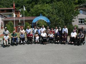 10 engelli daha akülü sandalye sahibi oldu