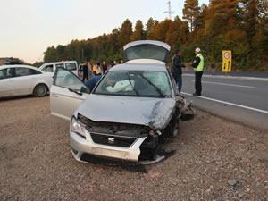 Otomobille minibüsün çarpıştığı kazada bir kişi yaralandı