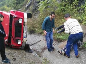 Zonguldak-Ankara Karayolu'nda kaza: 3 kişi yaralandı