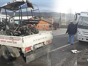 ATV ile minibüs çarpıştı: 1 yaralı