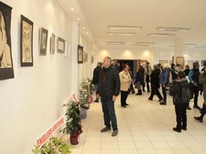 Ressam Erdoğan Keskin'in retrospektif sergisi açıldı