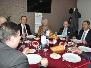 Belediye Başkanı Uysal, gazetecilerle bir araya geldi