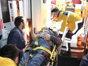 Şarampole yuvarlanan kamyonetin sürücüsü yaralandı
