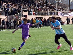 Ereğli Belediyespor, konuk ettiği Kastamonu İl Özel İdarespor'u 4-1'le geçti