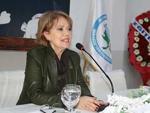 Alpago: Cumhuriyet bir kadın devrimidir!
