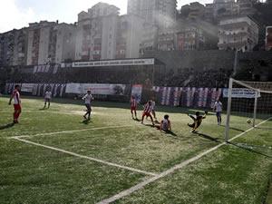 Ereğli Belediyespor, konuk ettiği Sincan Belediyespor'u 5-2 yendi