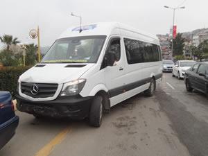 Üç aracın karıştığı zincirleme kazada bir kişi yaralandı