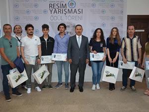 Osman Zeki Oral Resim Yarışması ödülleri verildi