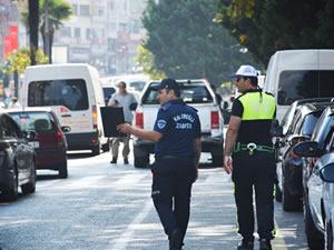 Trafik polisleri ve Zabıta ekiplerinden ortak denetim
