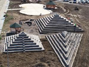 Hurdaya ayrılan beton traversler, Çaycuma piramitlerine dönüştürüldü!