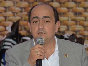 CHP'li Belediye Başkanı, AKP'ye geçti
