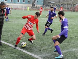 Ereğli Belediyespor, konuk ettiği Zaferspor karşısında 2-0'la kazandı