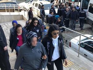 FETÖ-PDY operasyonunda gözaltına alınan 23 kişiden 18'i tutuklandı