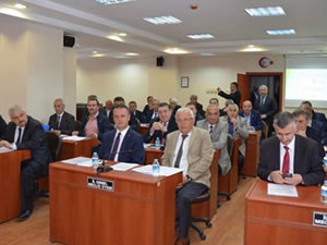 Vali Bektaş ZONÇEB toplantısında belediye başkanlarını uyardı
