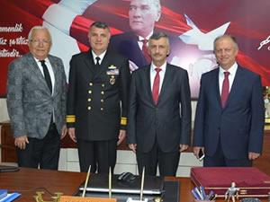 Vali Erdoğan Bektaş, Belediye Başkanı Posbıyık'ı ziyaret etti