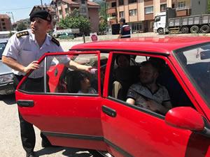 Jandarma ekiplerinden trafik denetimi