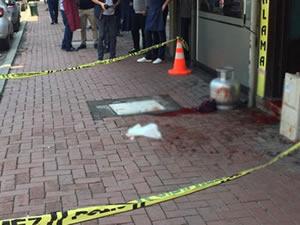 Sokak ortasında boğazı kesilerek öldürüldü!
