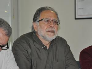 """Yazar Can Şafak, Necmettin Giritlioğlu'nu anlattı: """"Giritlioğlu, sol siyasetle işçi sınıfı arasında bir köprüydü"""""""