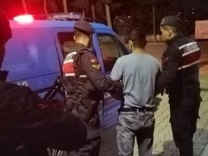 Hakkında yakalama kararı olan kişi, devriye sırasında yakalandı
