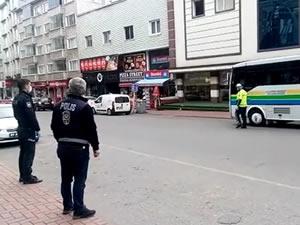 Polis ekipleri halk otobüslerinde denetim yaptı