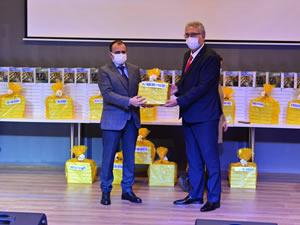 Erdemir, Ereğli Kaymakamlığı'nın eğitim projesine destek verdi