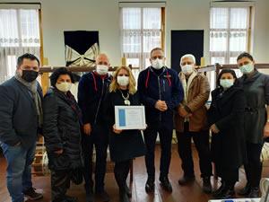 Elpek Dokuyan Eller Kooperatifi'ne Rotary Toplum Birliği belgesi teslim edildi