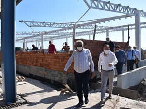 Belediye Başkanı Posbıyık, yürütülen çalışmaları yerinde inceledi